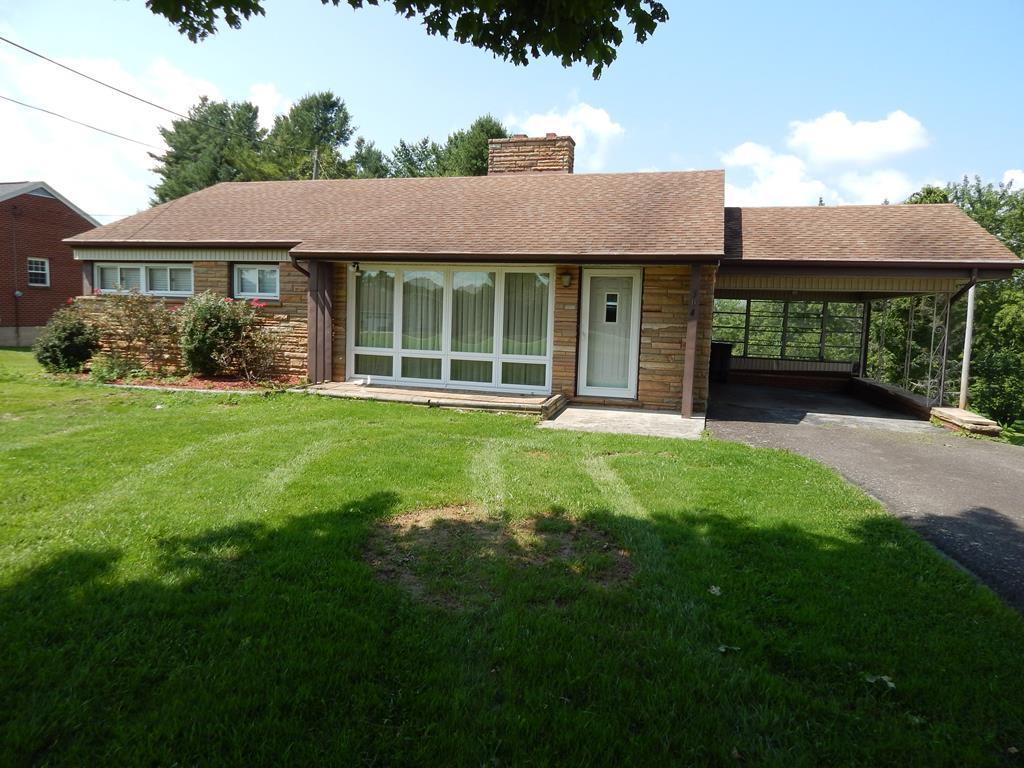 304 Country Club Lane Property Photo 1