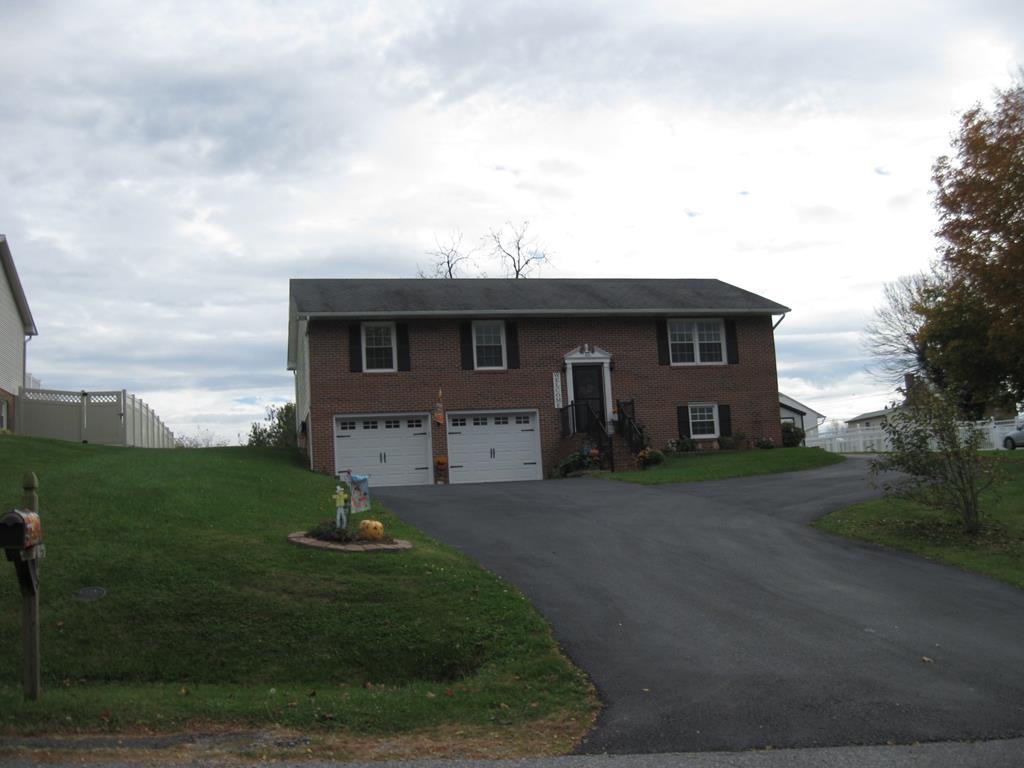15 Cove Hills Lane Property Photo