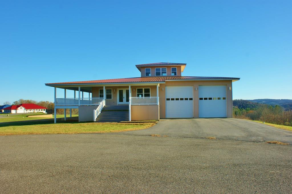47 Crown Ln Property Photo 1