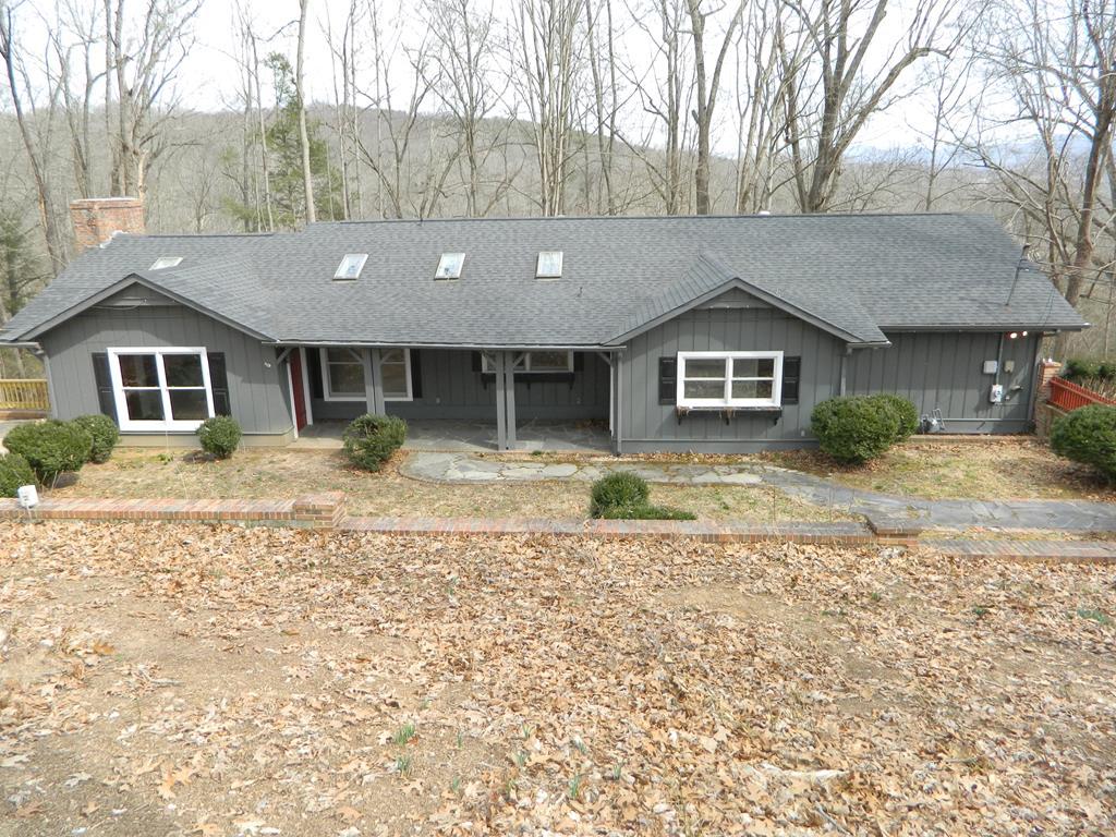 1260 Park Blvd Property Photo 1