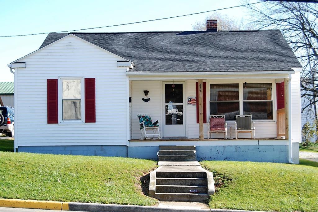 635 E Monroe Property Photo