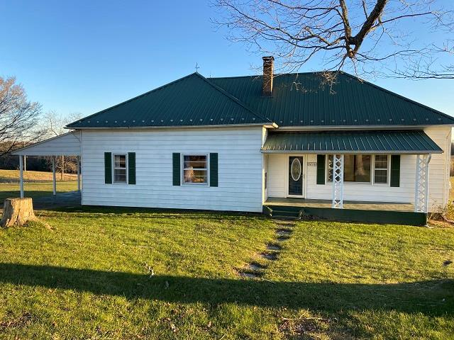 4278 Airport Road Property Photo