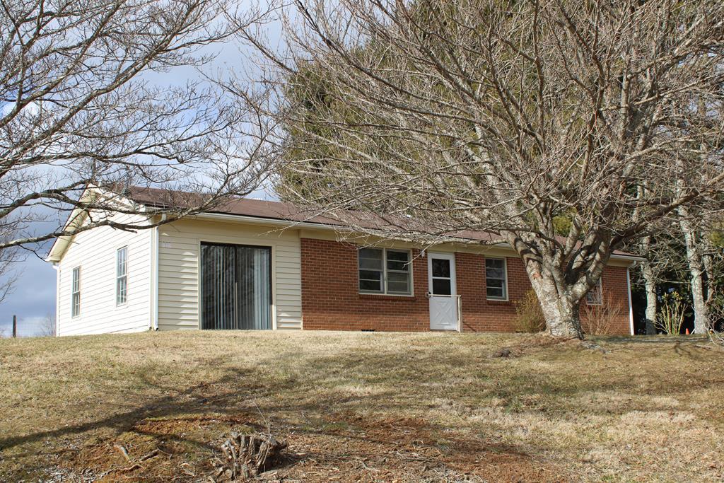 416 Boxwood Lane Property Photo