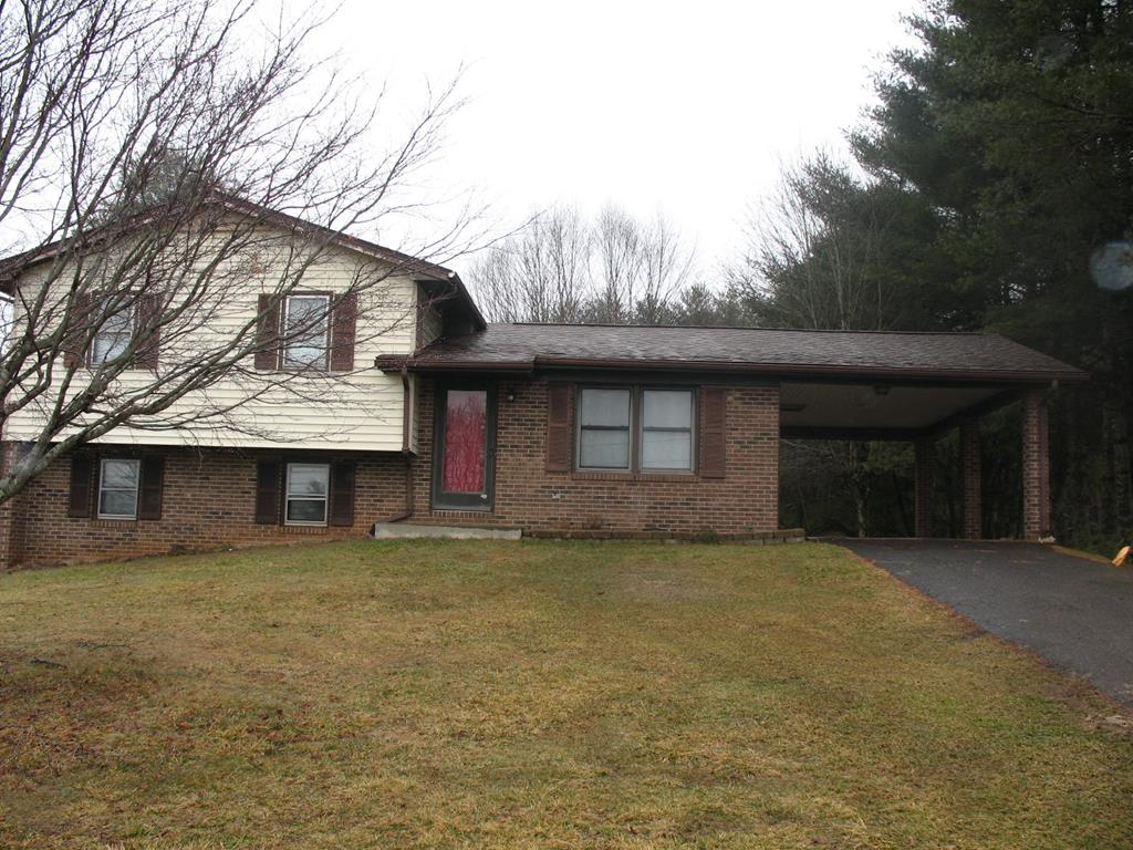 615 Fries Road Property Photo