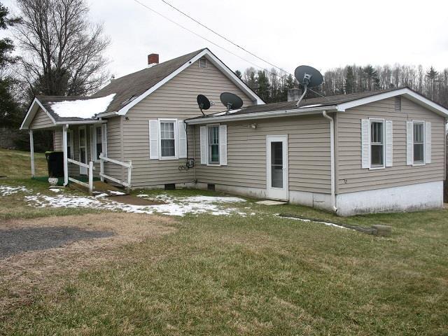 144 Coral Lane Property Photo