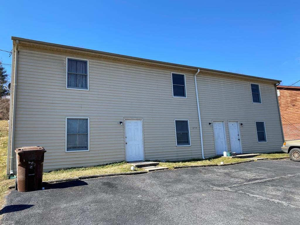 229 Apple Valey Rd Property Photo
