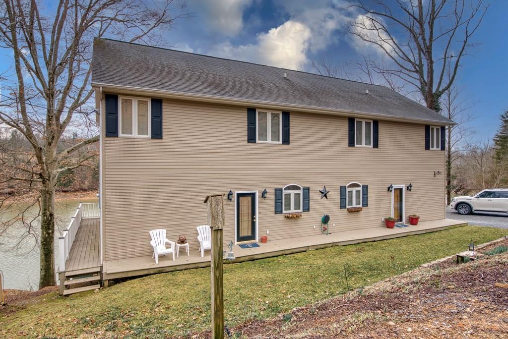 23086 Wild Cherry Lane Property Photo 1