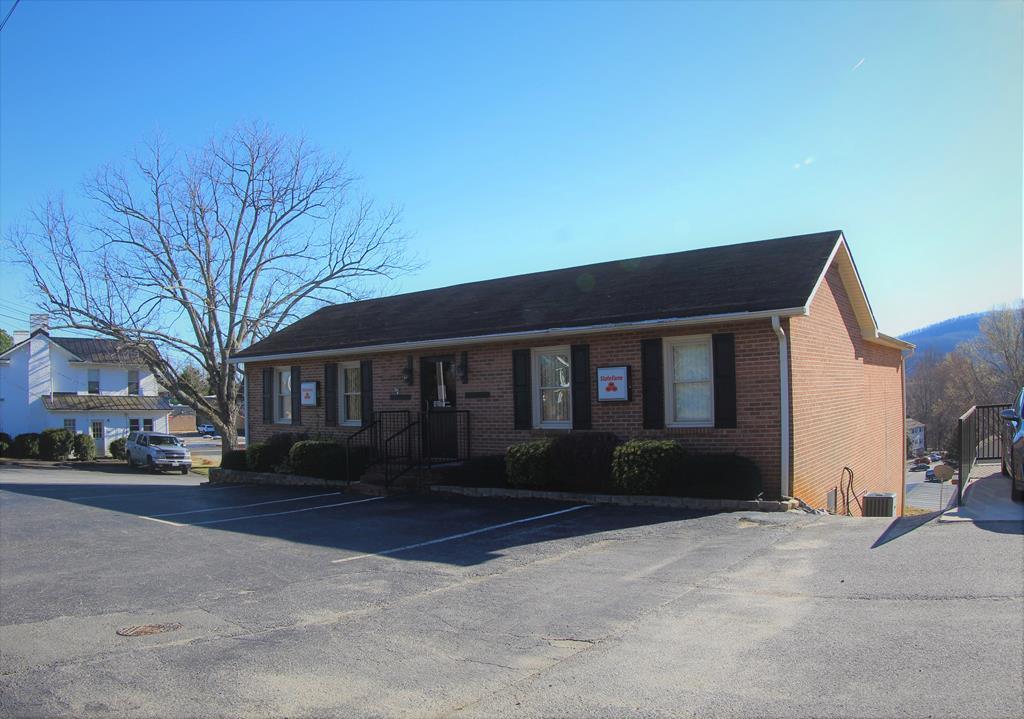 116 E Blue Ridge Street Property Photo