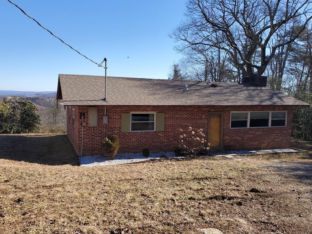 104 E Elm Drive Property Photo 1