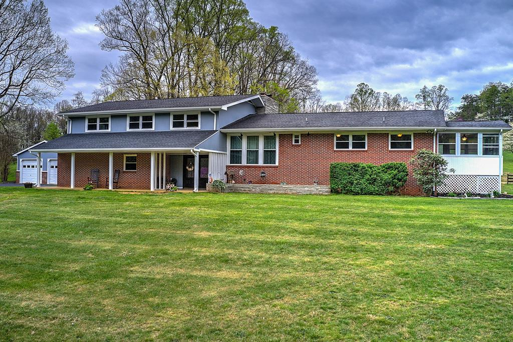 656 Beidleman Creek Rd Property Photo