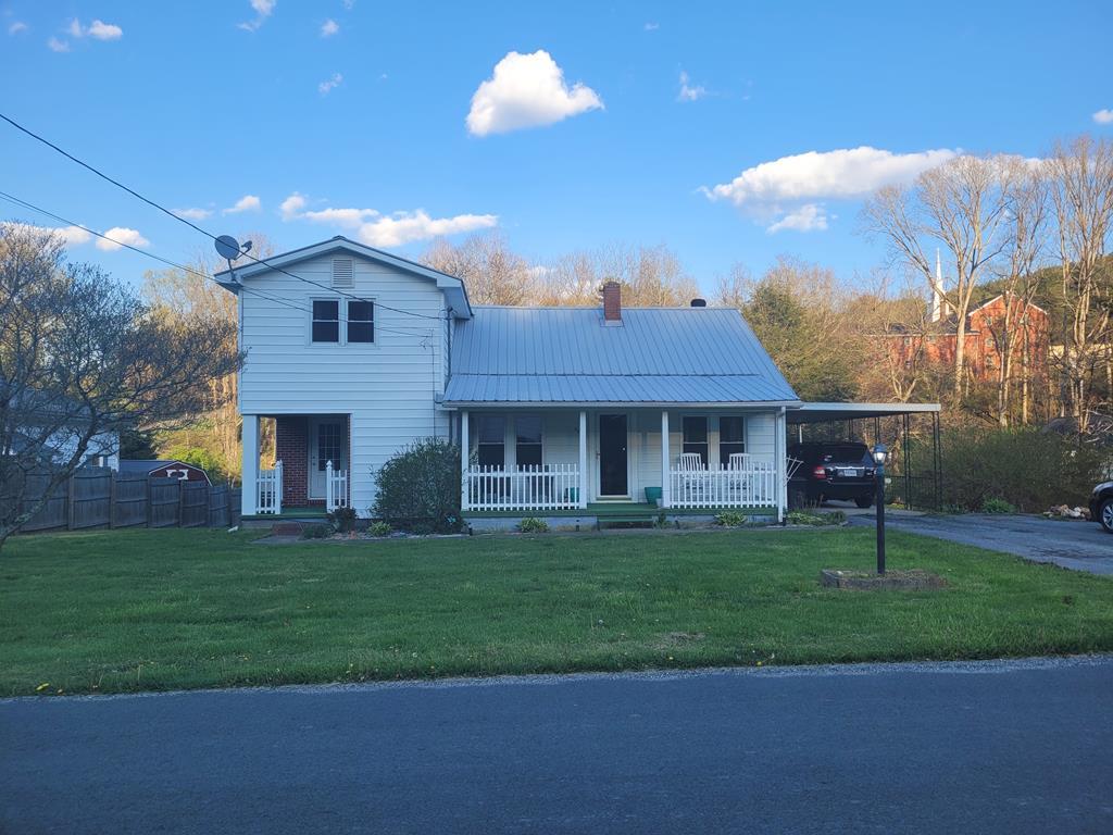 302 Chestnut Dr Property Photo 1