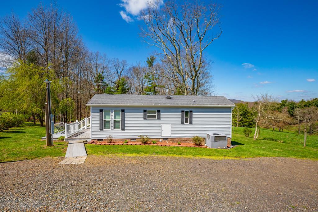 1409 Reedside Drive Property Photo 1
