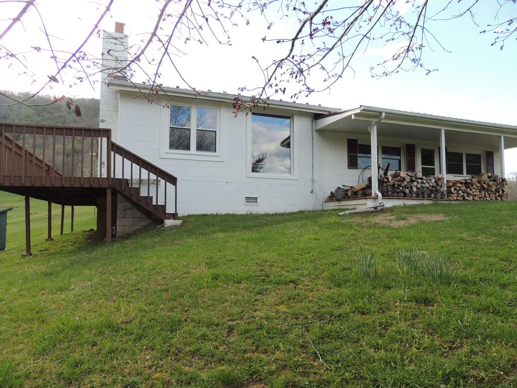 2795 Millers Creek Rd. Property Photo