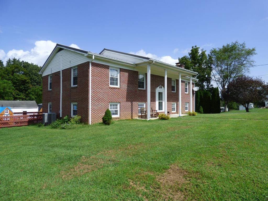 3450 W Lee Hwy Property Photo