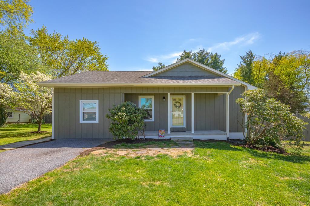 175 Highland Circle Property Photo 1