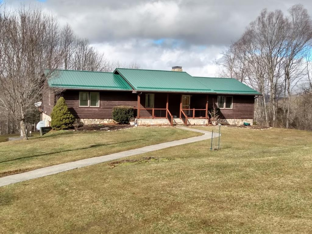 7301 Elk Creek Parkway Property Photo