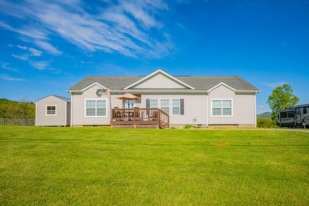 638 Carterville Heights Rd Property Photo