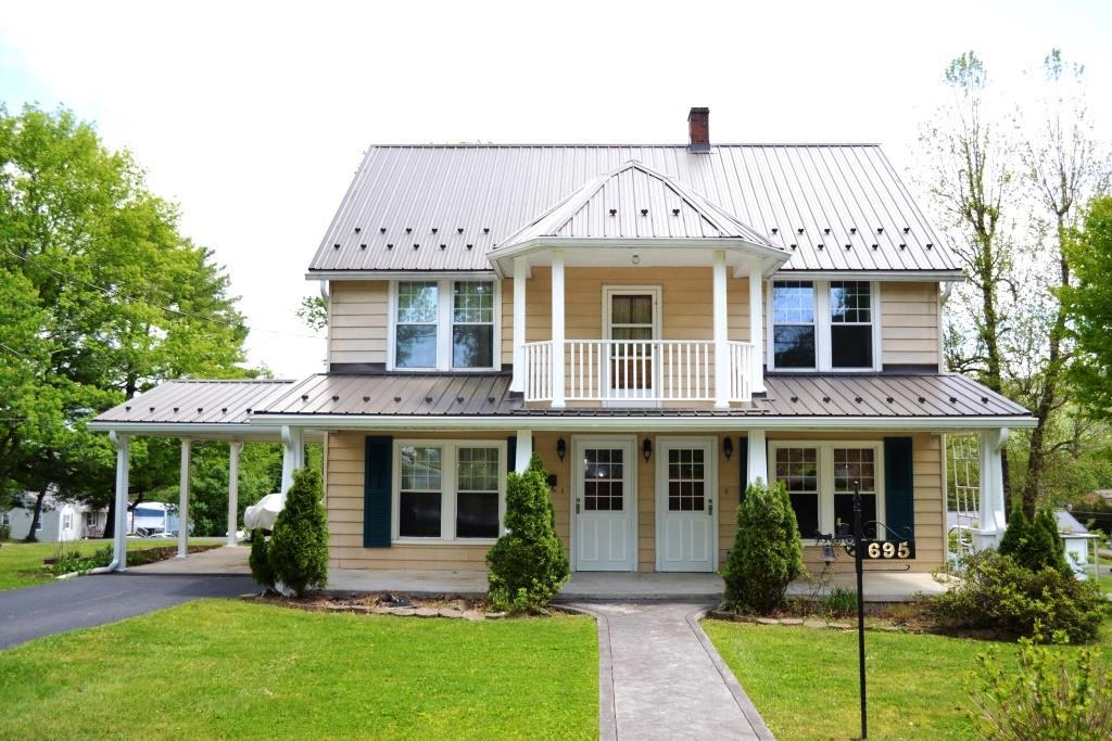 695 E Liberty Street Property Photo