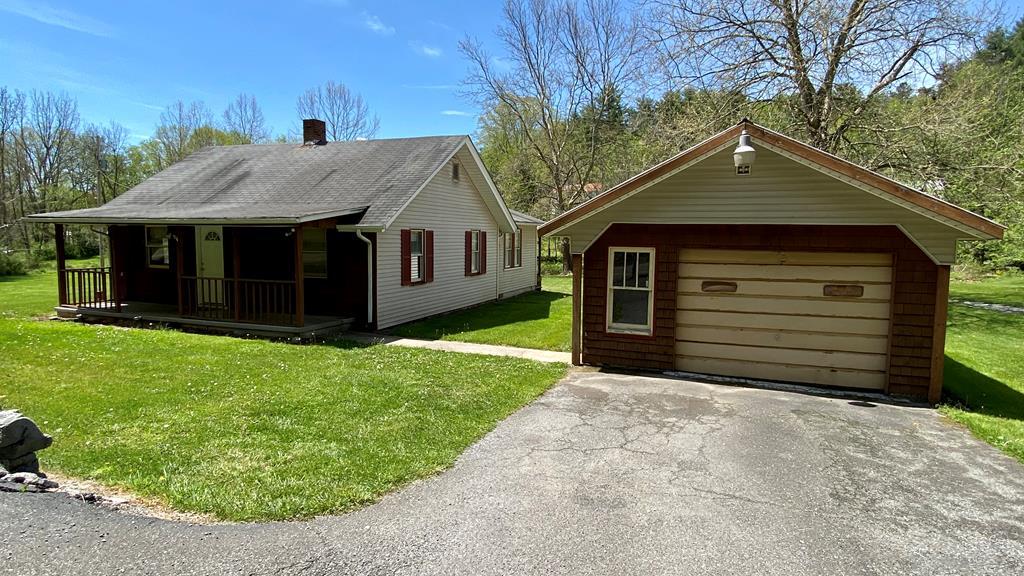 5135 Stoney Fork Road Property Photo