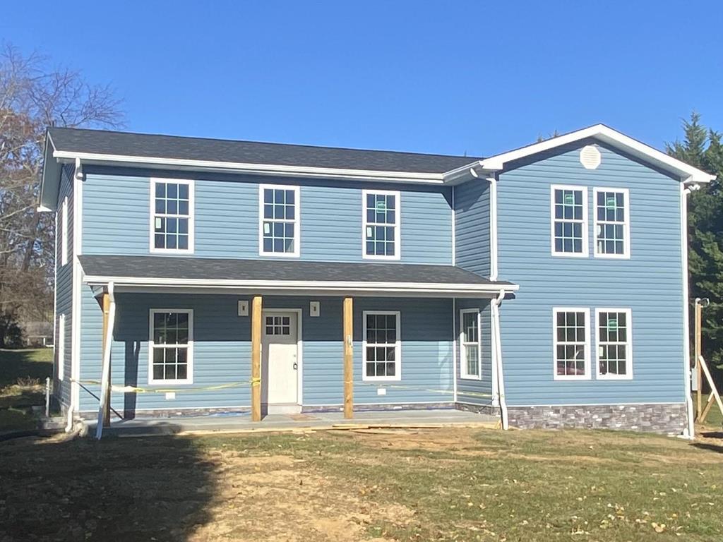 324 E Buck Avenue Property Photo