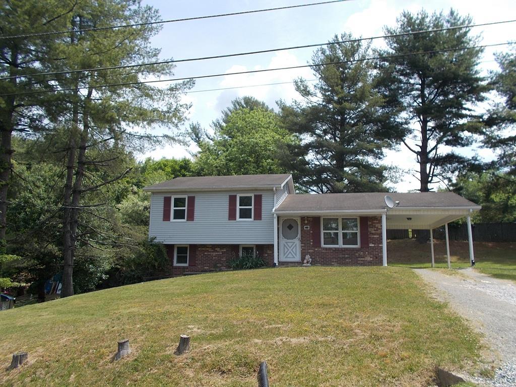 114 Middleton St Property Photo 1