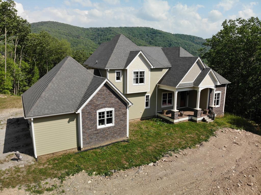 2525 Highway Sixteen Property Photo 1