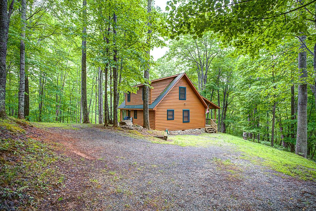 448 Winter Place Lane Property Photo