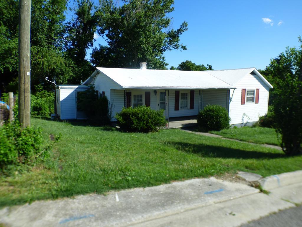 710 E Marshall Street Property Photo 1