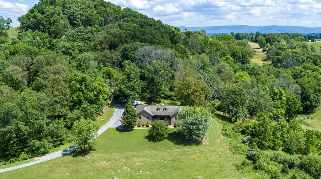 18282 Spring Lake Road Property Photo 1