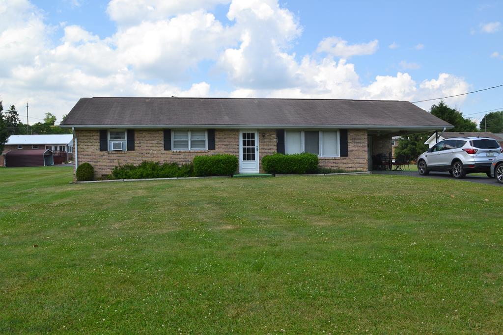157 Deerfield Lane Property Photo 1