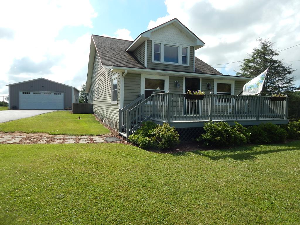 165 Crescent Dr. Property Photo 1