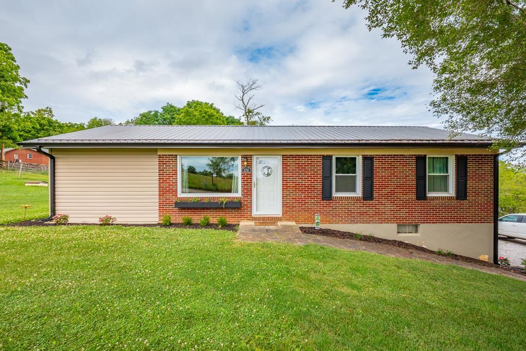 170 Reed Lane Property Photo 1