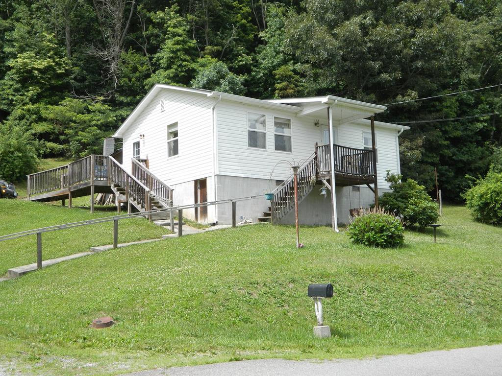537 Plum Creek Road Property Photo 1