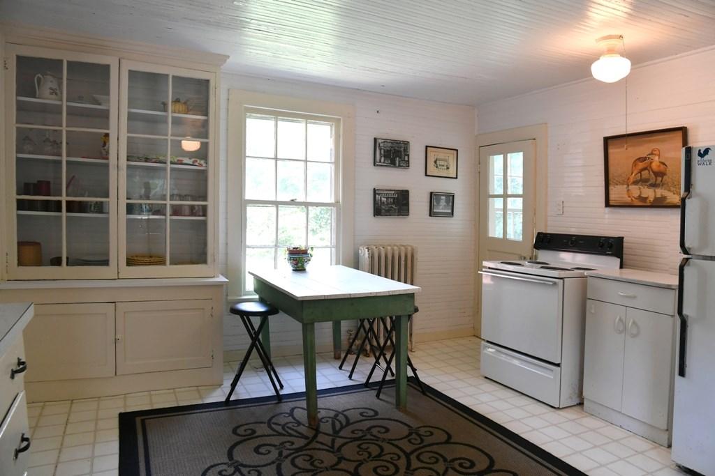 344 Cummings Street Property Photo 41