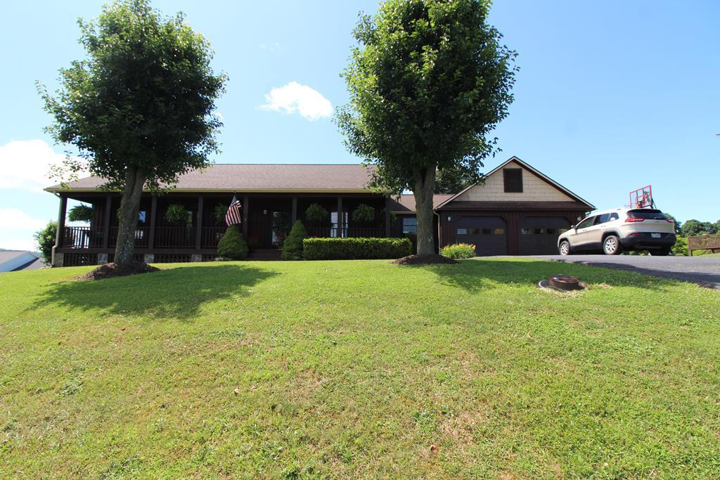 424 Stone Brook Dr Property Photo 1