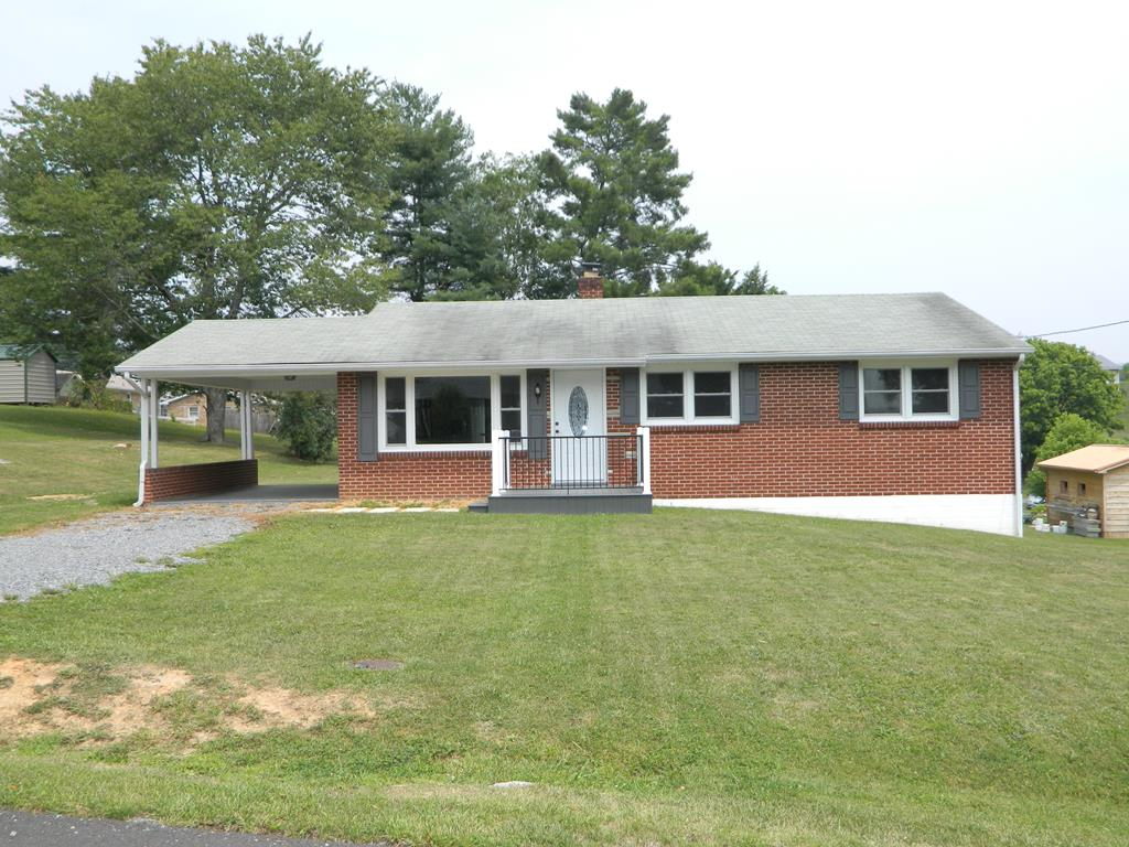 219 North Drive Property Photo 1