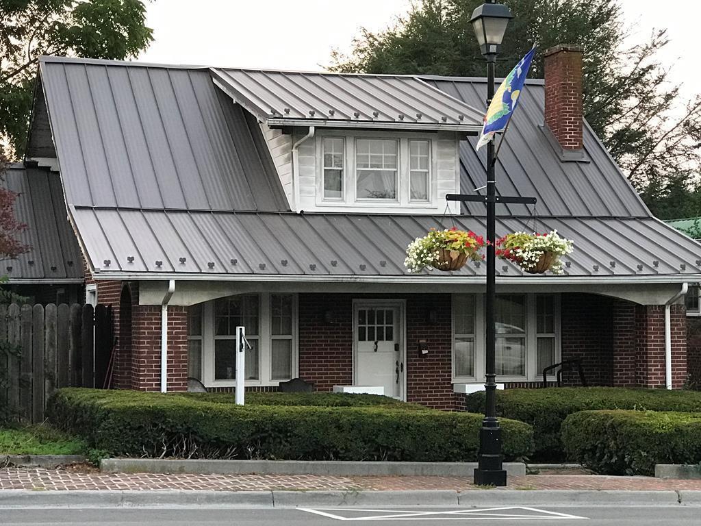 117 Main Street Property Photo 1