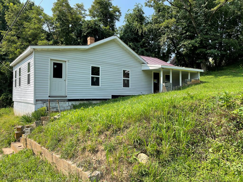 440 Poplar Knob Rd Property Photo 1