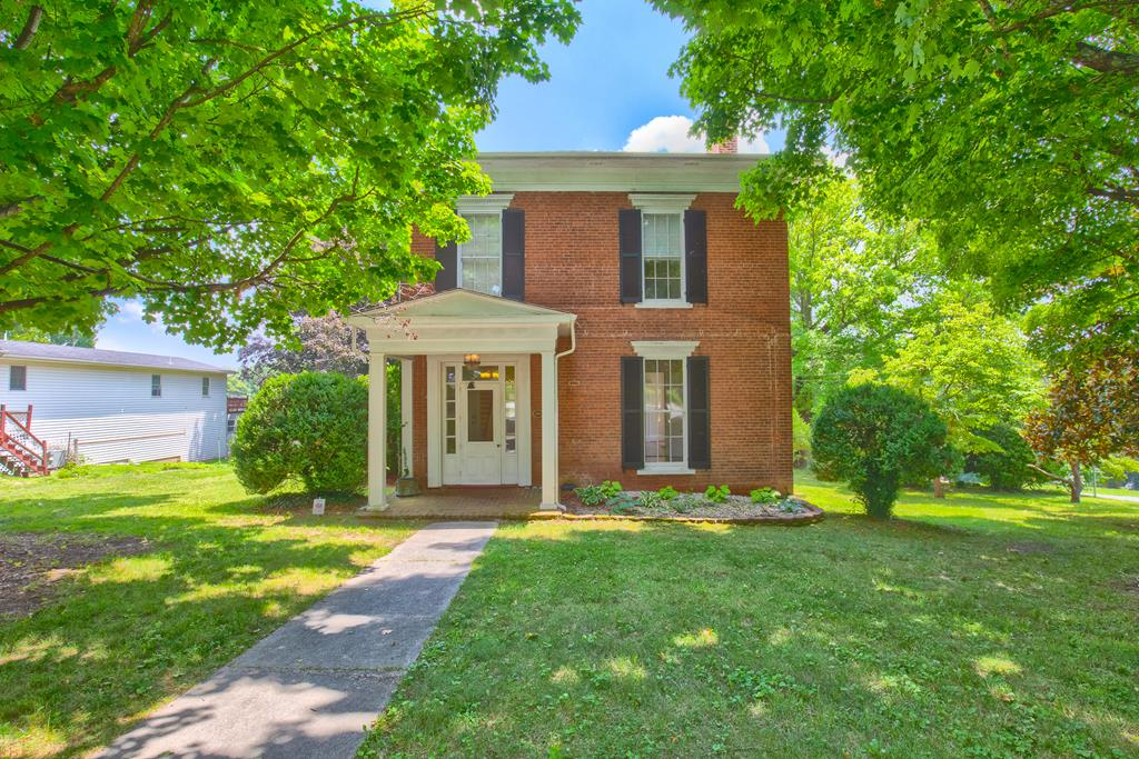 205 E Withers Road Property Photo 1
