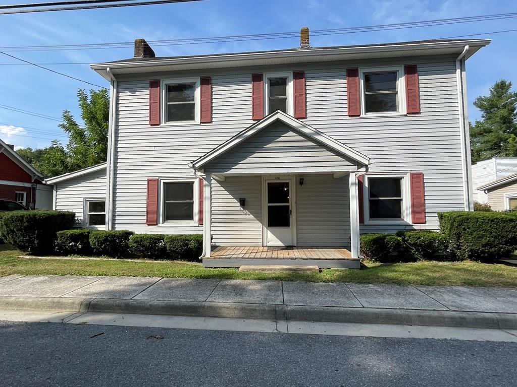416 Spruce Street Property Photo 1