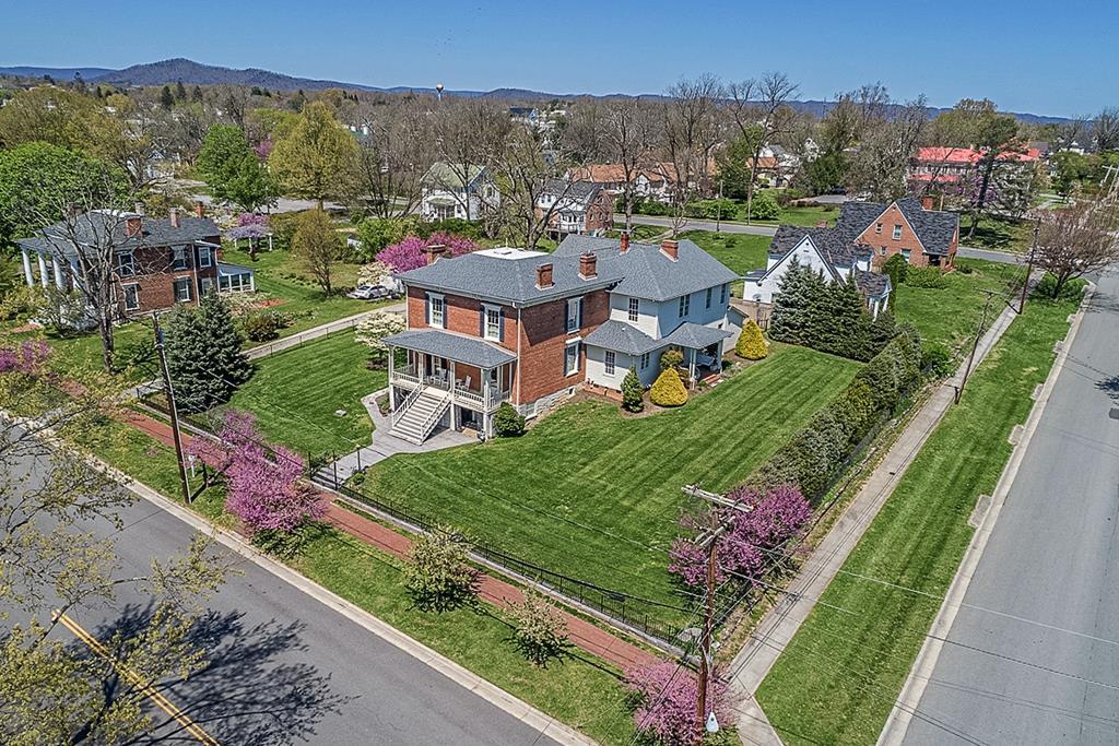 480 Church Street Property Photo 1