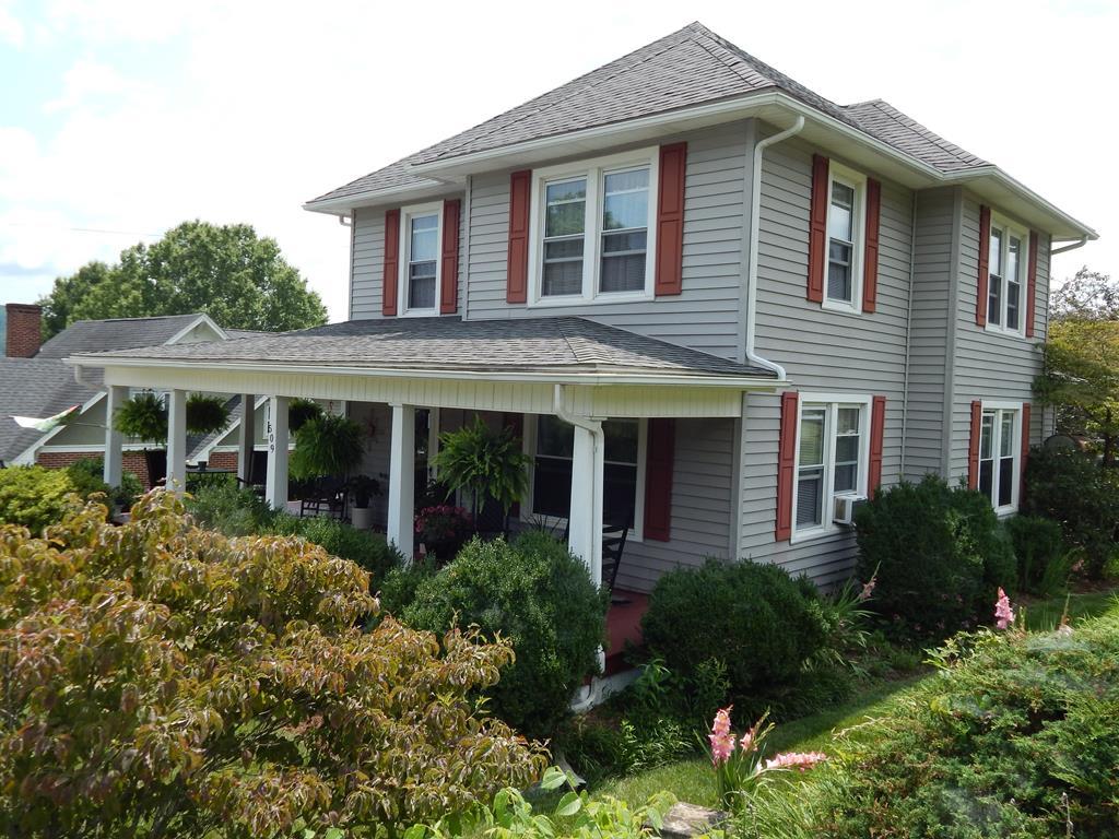509 West Center Property Photo 1
