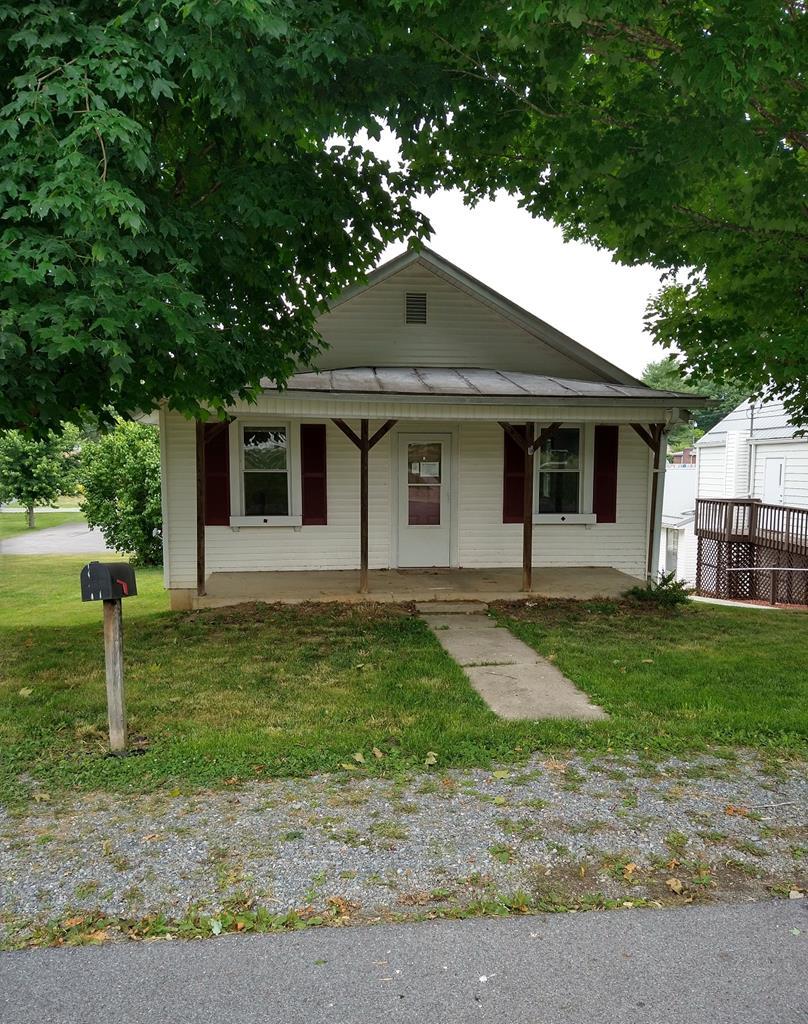 225 W Coyner Property Photo 1