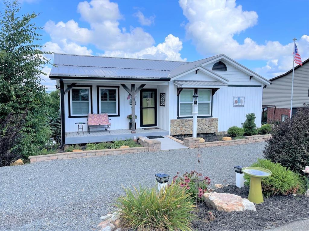 155 Panorama Drive Property Photo 1