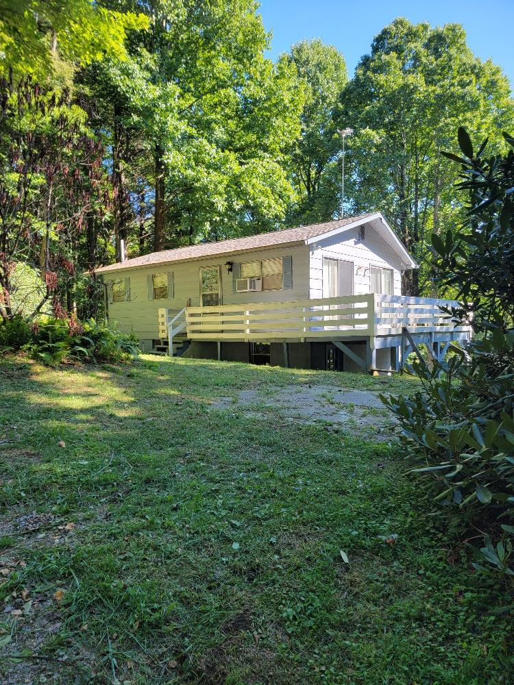 91 Shawnee Trail Property Photo 1