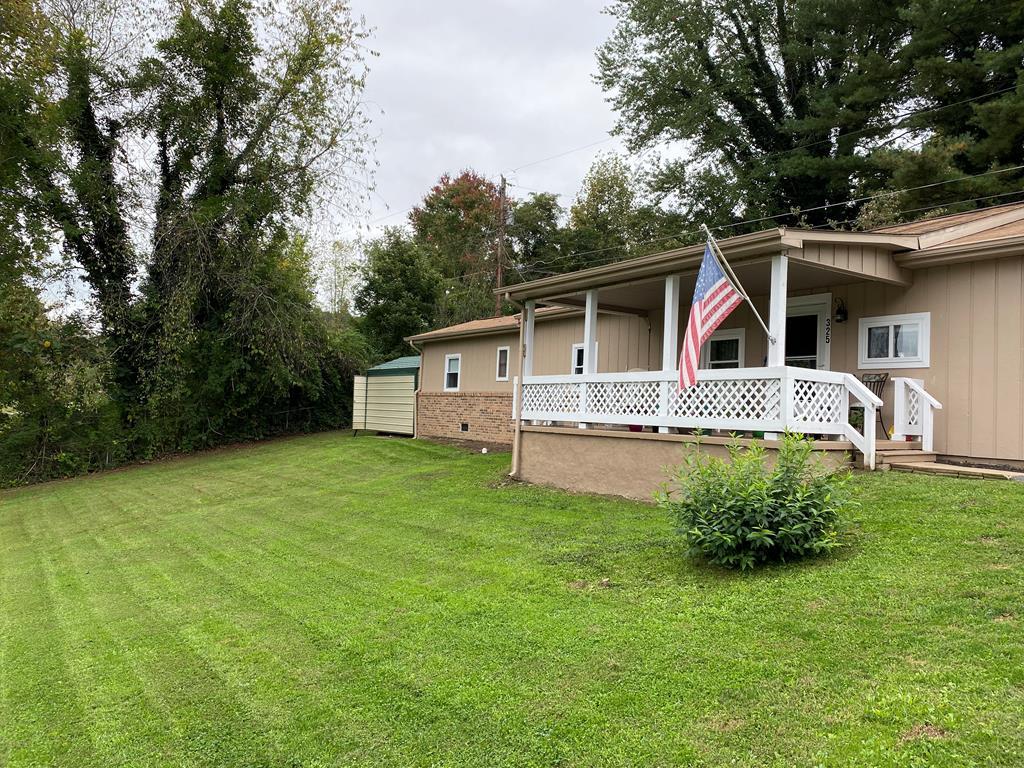 325 Harr Trail Property Photo 1