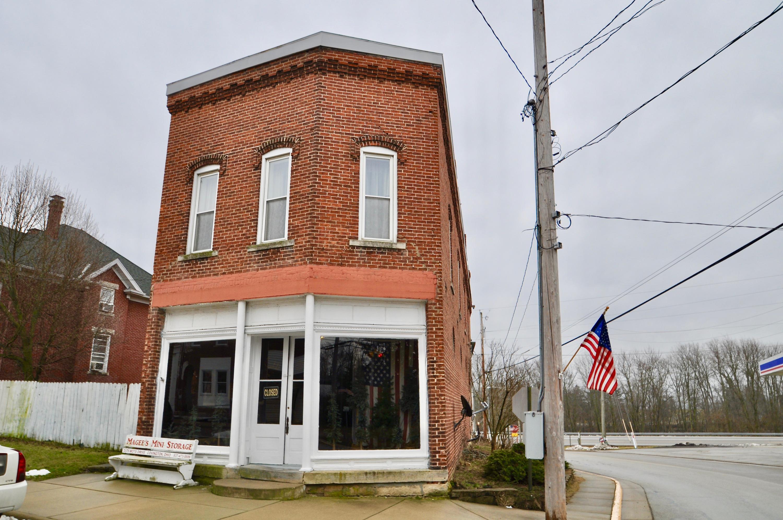 101 E Main Street Property Photo 1