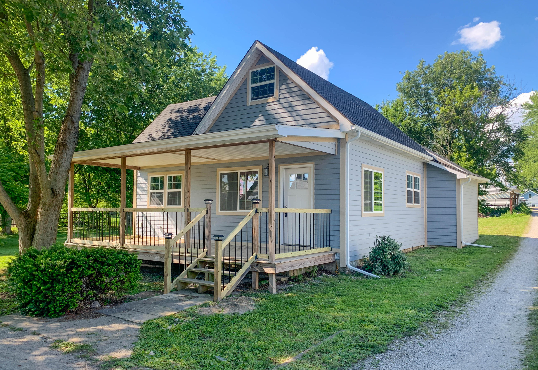 348 W Lynn Street Property Photo