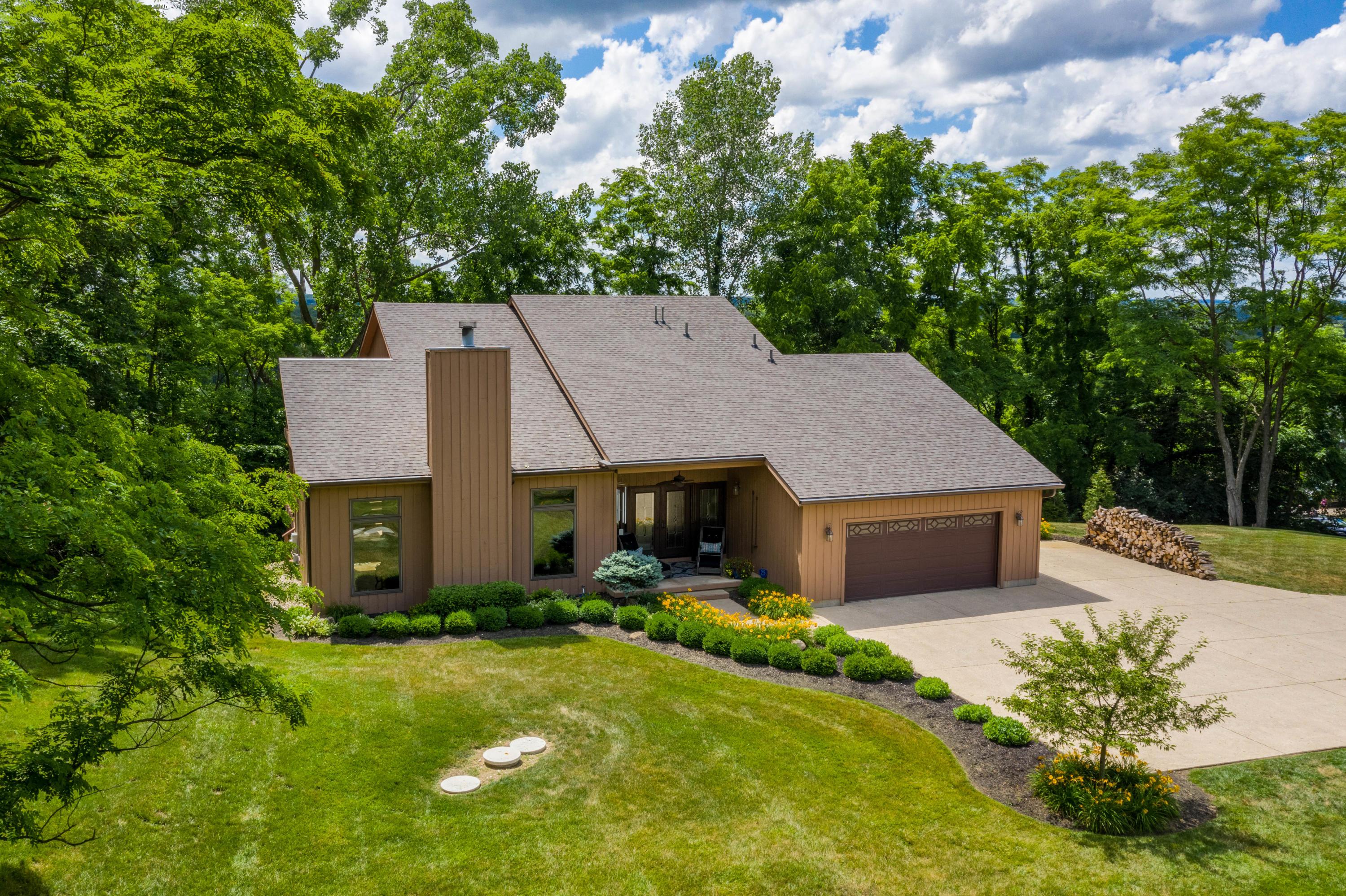 77 Buckhorn Court Property Photo - Urbana, OH real estate listing