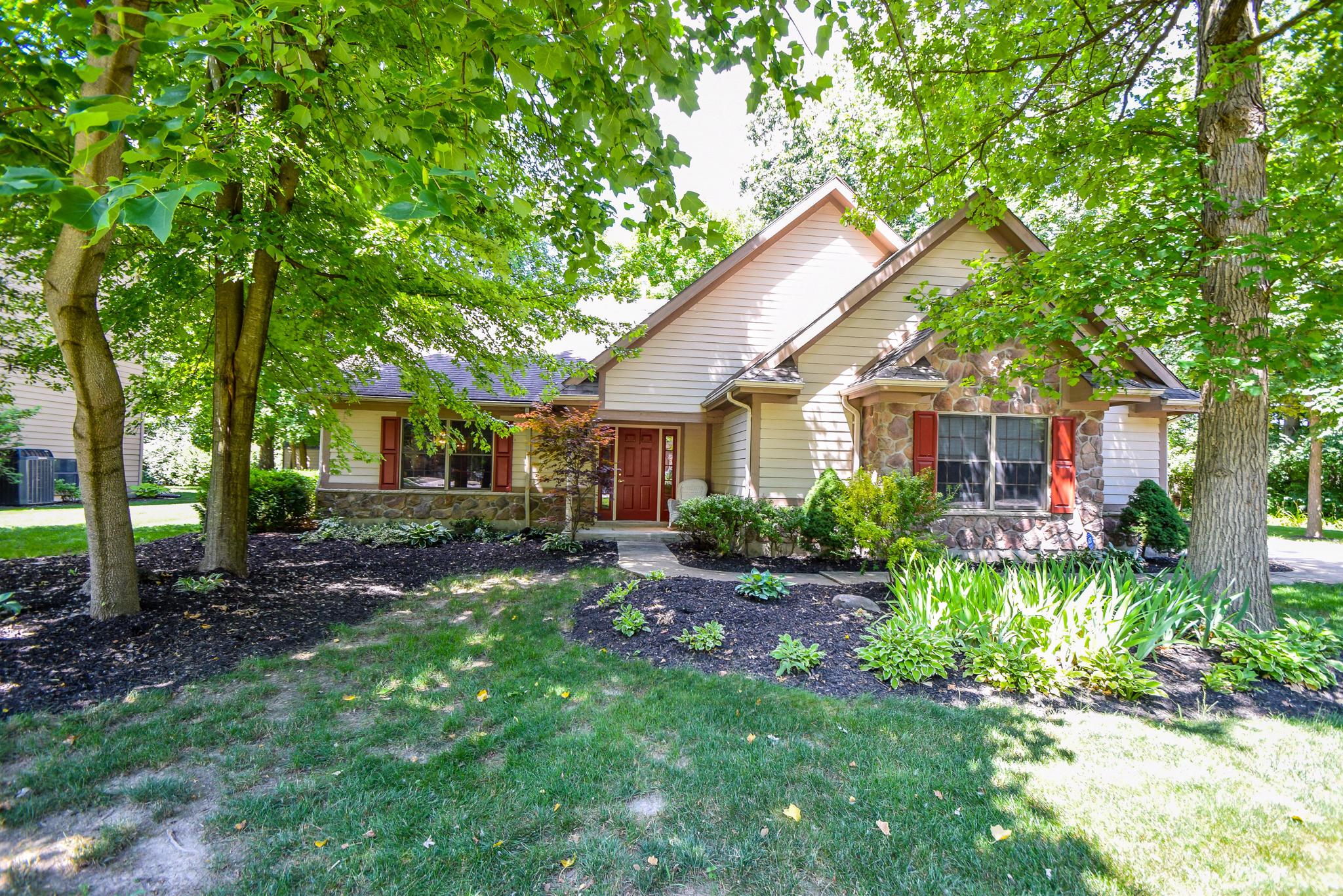 822 Brookwood Drive Property Photo 1
